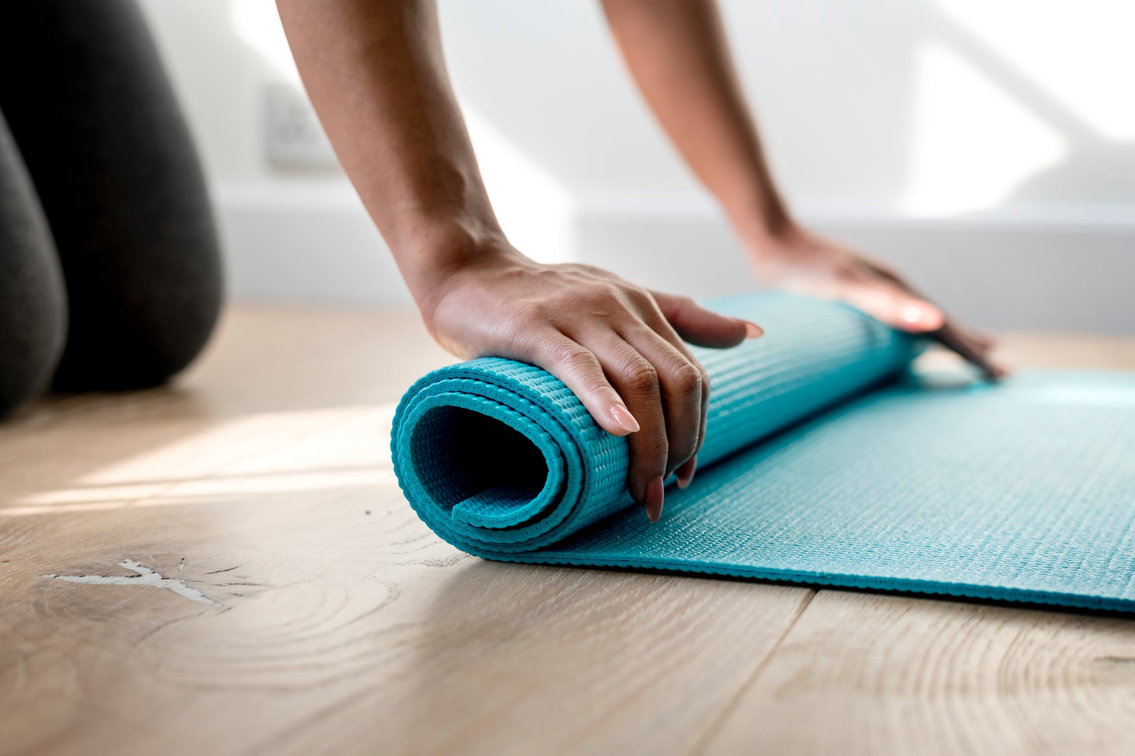 Yin Yoga Vs Yoga Flow Vs Power Yoga What S The Difference