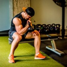 Kettle_Bell_Lifiting_Web_Ready