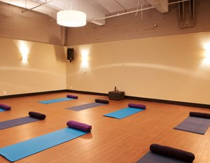 Vinyasa-Yoga-South-Lake-Union